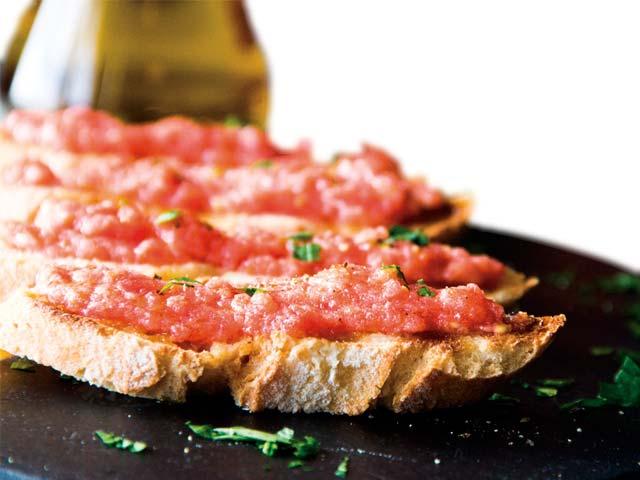 En el desayuno podrá disfrutas de los productos más auténticos de Teruel